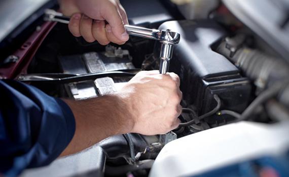 Komerctransporta un vieglo automobiļu diagnostika un remonts
